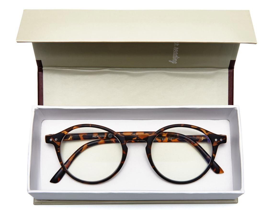 Läsglasögon i fodral